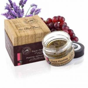Face peeling, with lavender grains 40ml.