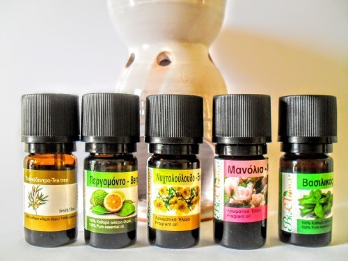 Set 1. Essential oils plus burner.